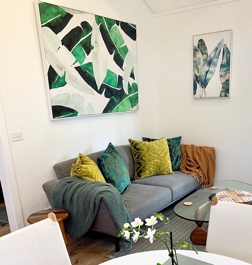 Cozy lounge area with large flat screen TV. Watch Netflix, Foxtel and more
