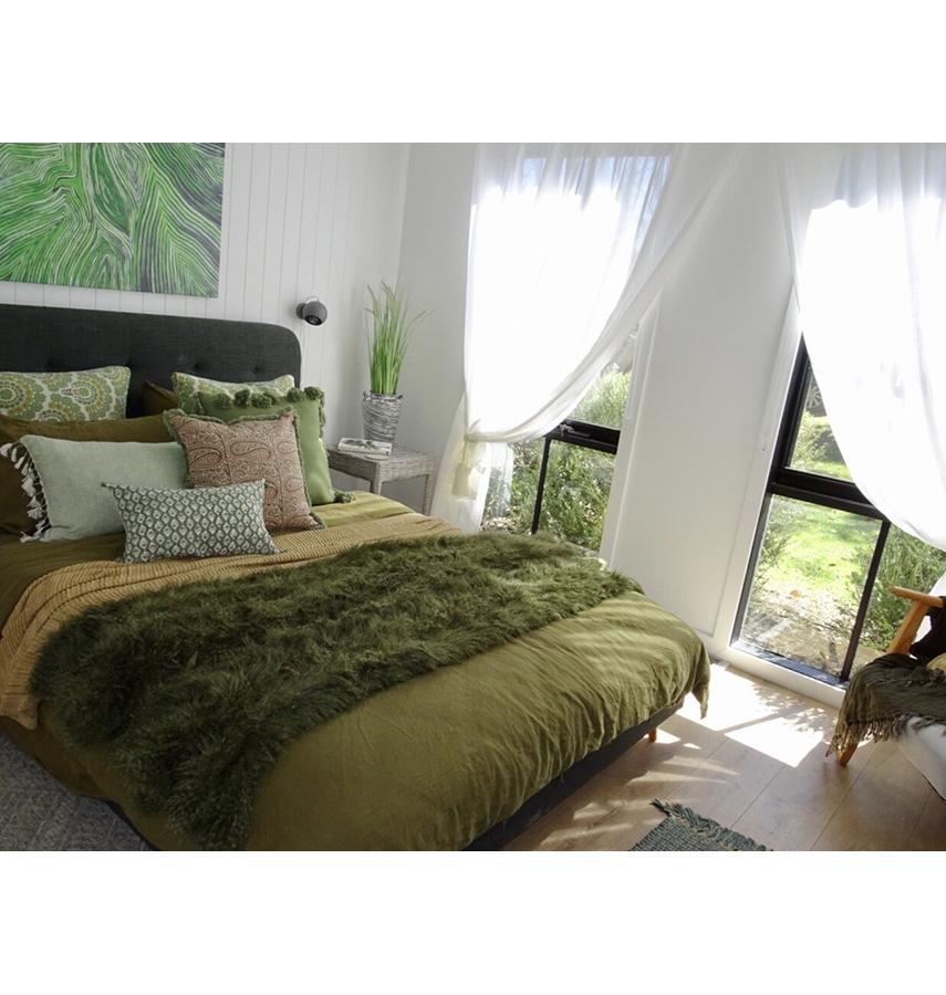 Elegant soft pure linen sheets for ultimate comfort